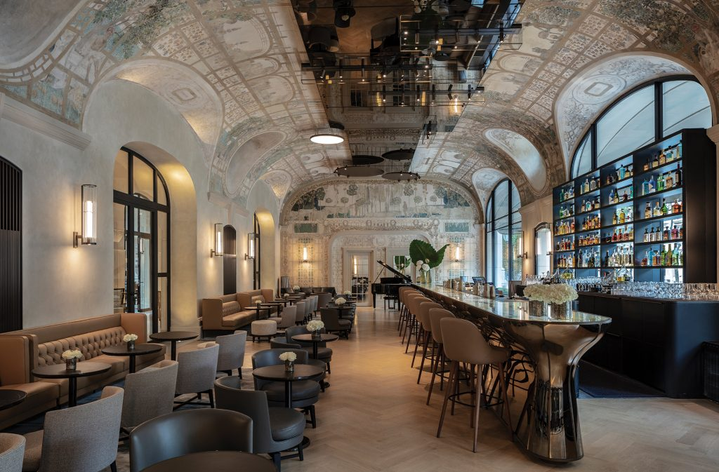 Paris's Grand Hotel Bars